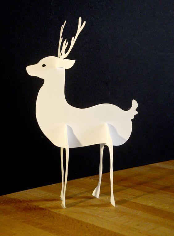 Paper reindeer by faltmanufaktur (free template)