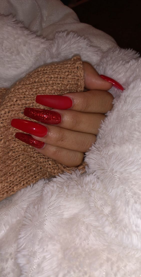 50 Festive Red Coffin Christmas Nails To Inspire You Red Nails Glitter Red Acrylic Nails Coffin Nails Designs