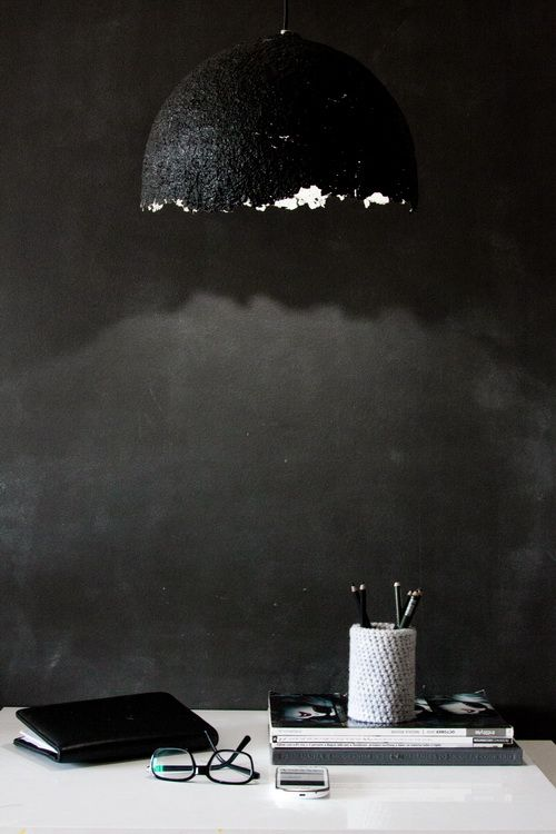black wall and pendant | sobazrazgledom:
