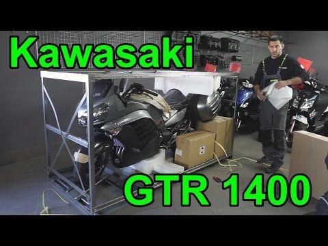 Unboxing Kawasaki Gtr 1400 2017r Youtube Gtr Kawasaki Unboxing