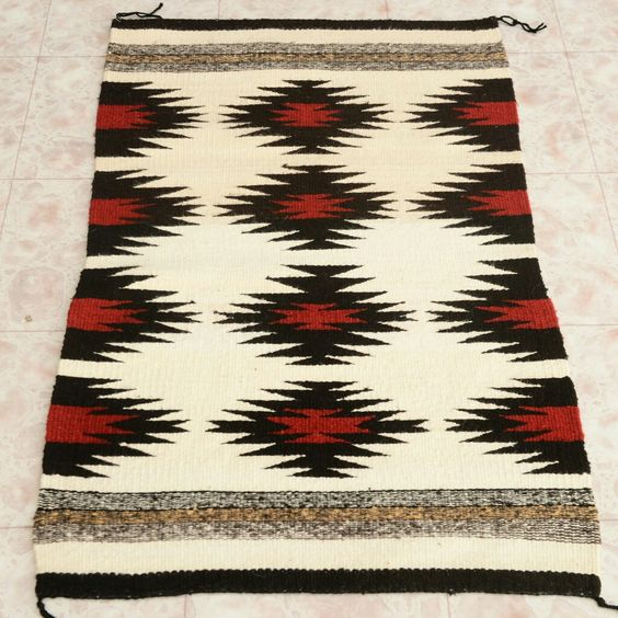 "Navajo Regional Wool Rug 20th Century Collectible 27"" x 43"""