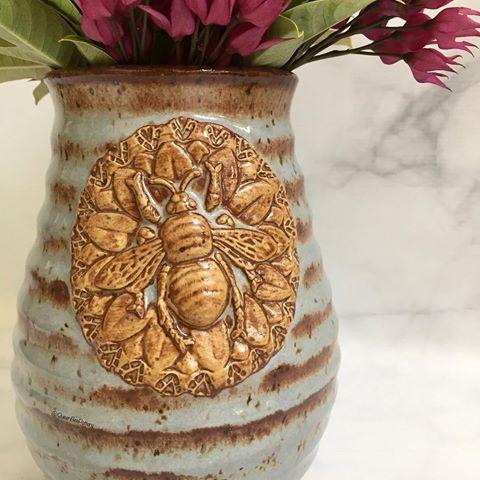 Queen Bee Pottery Karrita Queenbeepottery Instagram Photos And Videos Pottery Queen Bees Bee