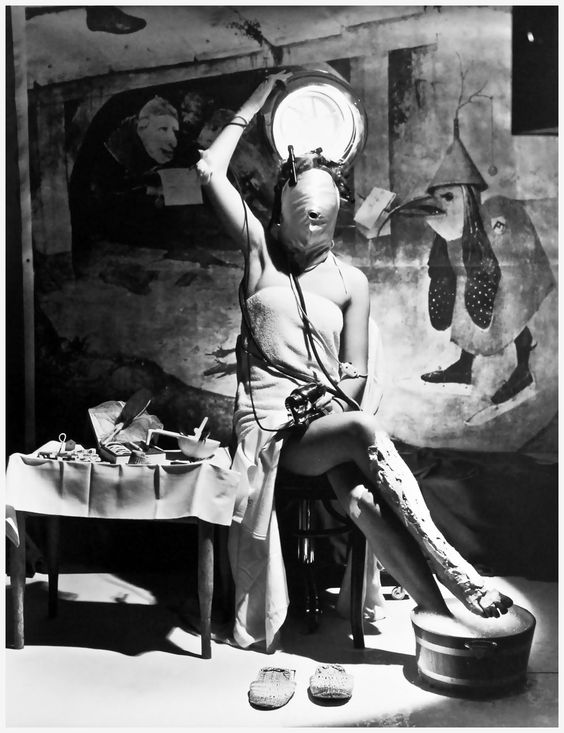 electric beauty 1939 by horst p horst