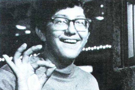 Heineman tras ganar el Campeonato de Space Invaders de 1980