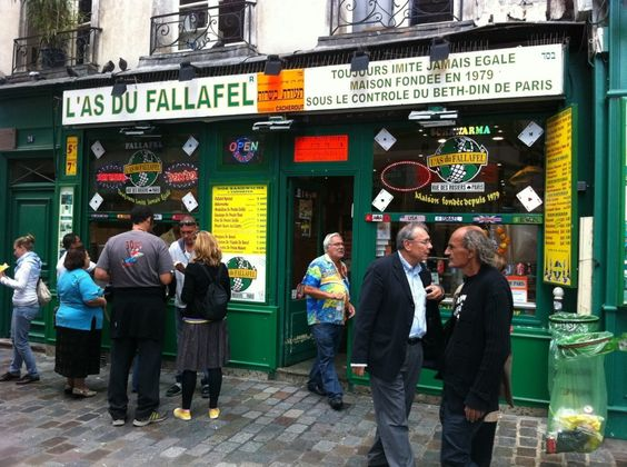This is apparently one of the best falafel places in Paris according to the writer of this article...Anyone ever been???