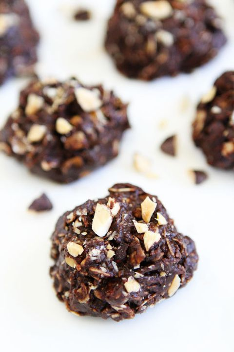 No-Bake Dark Chocolate Almond Cookie Recipe on twopeasandtheirpod.com These easy no-bake cookies are rich, fudgy, and the perfect summer treat!