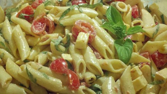 Smoked Gouda, Tomatoes and Basil | Recipe | Spicy Pasta Salads, Spicy ...