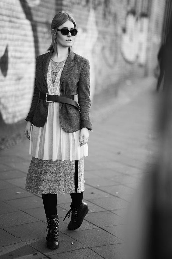 Christina Key trägt ein edles Herbst Outfit in den Straßen von Berlin