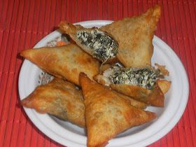 Somali Food Sambusa Tammy's somali home: spinach and cheese sambusa ...