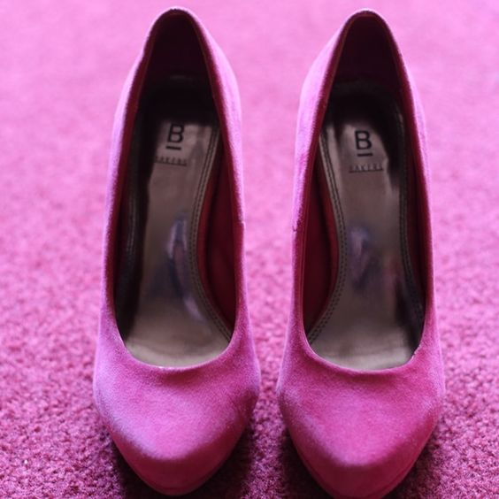 Fuscia pumps! Fuscia pumps! Shoes Heels