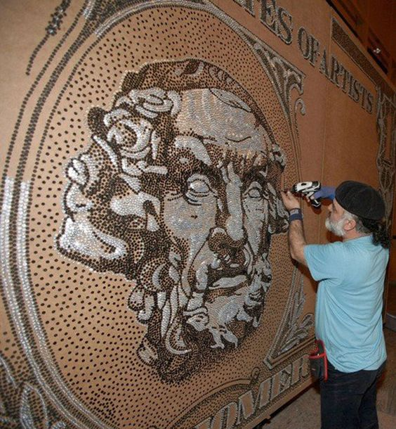 Artist breaks 7 world records with his intricate masterpieces http://fineprintnyc.com/blog/the-record-breaking-art-of-saimir-strati