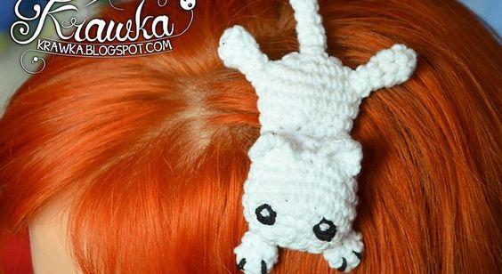 Kitty cat Hairclip by Kamila Krawka Krawczyk