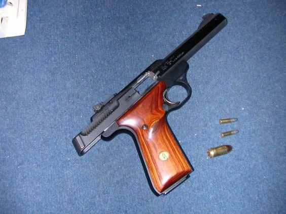 Browning Buchmark. 22LR