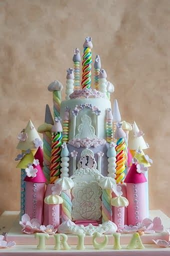 Rainbow Castle cake #provestra