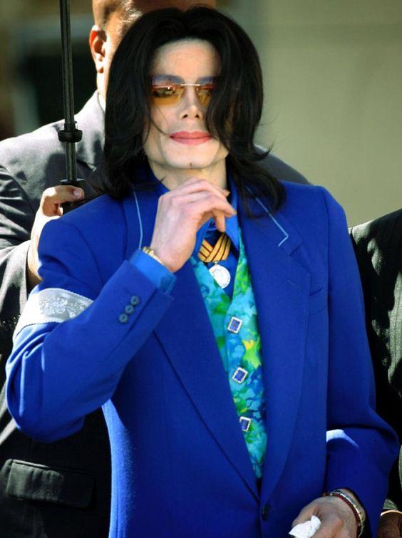 青ジャケットのマイケルジャクソン