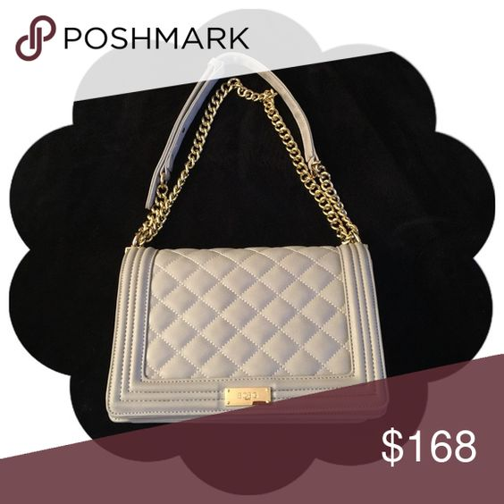 BCBG Matte Quilted Chain Crossbody Grey Ash 🎀Like New Condition (No signs of wear)🎀Can be worn long or shortened🎀Structured and has always has stuffing inside when not in use; Has also always been in a dustbag🎀 BCBG Bags