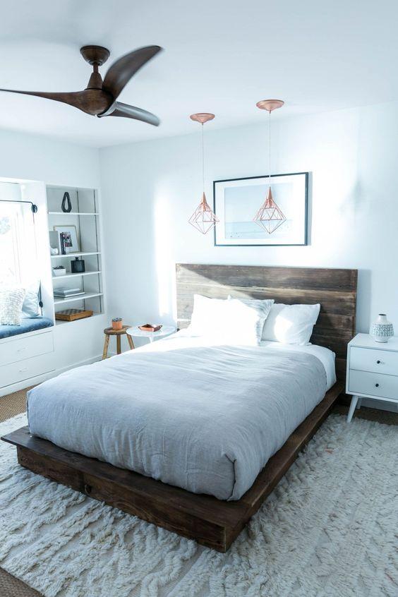 kamar tidur dengan kipas angin