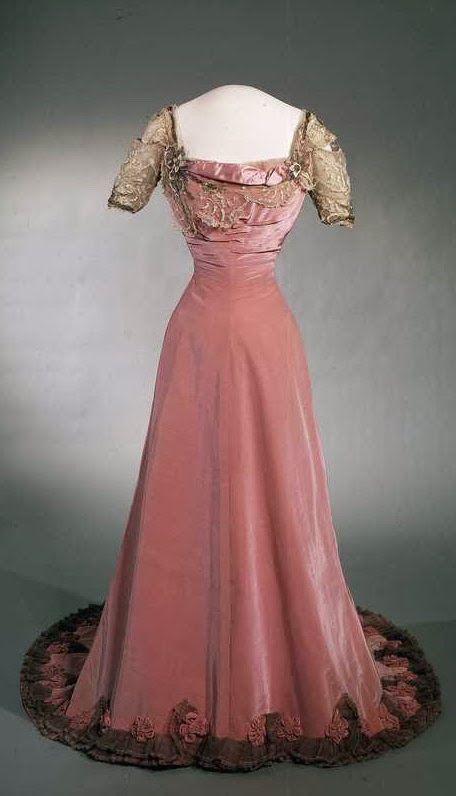 Queen Maud's Gala Gown, 1907.