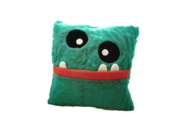 http://de.dawanda.com/product/70034103-Monster-Kissen-Kuschelkissen
