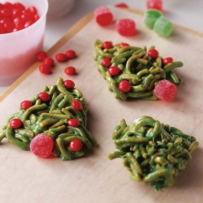 Christmas tree pb chow mein cookies