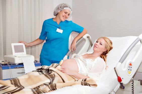 Săptămâna 40 de sarcină: Prima etapă a travaliului va începe prin declanşarea contracţiilor şi prin retragerea treptată sau subţierea şi deschiderea cervixului (gâtul uterului), cunoscută sub numele de dilatare. http://www.nutricia.ro/parinti/sarcina/pe-saptamani/saptamana-40