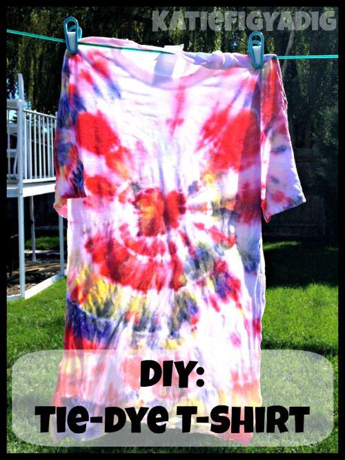 diy tie dye tshirt with rit dye and bottles