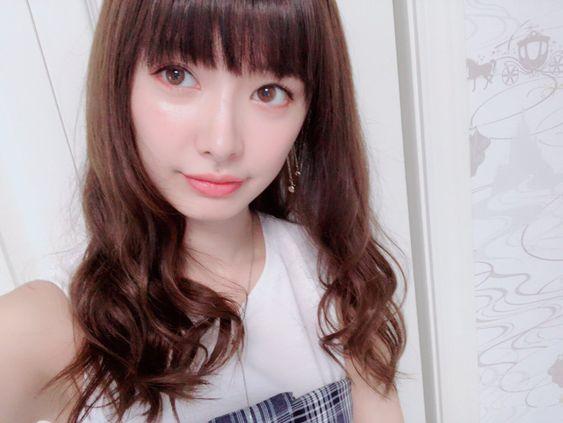 前髪ぱっつんの武藤十夢