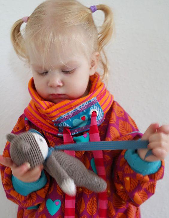 Kuschelige Kragen kann man ganz leicht ohne Schnittmuster an jeden Pullover nähen! farbenmix GONZALES