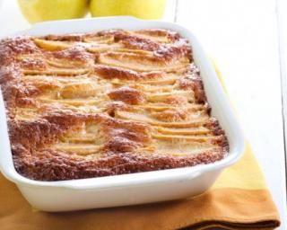 Gâteau invisible et peu calorique aux poires et à la vanille : http://www.fourchette-et-bikini.fr/recettes/recettes-minceur/gateau-invisible-et-peu-calorique-aux-poires-et-la-vanille.html