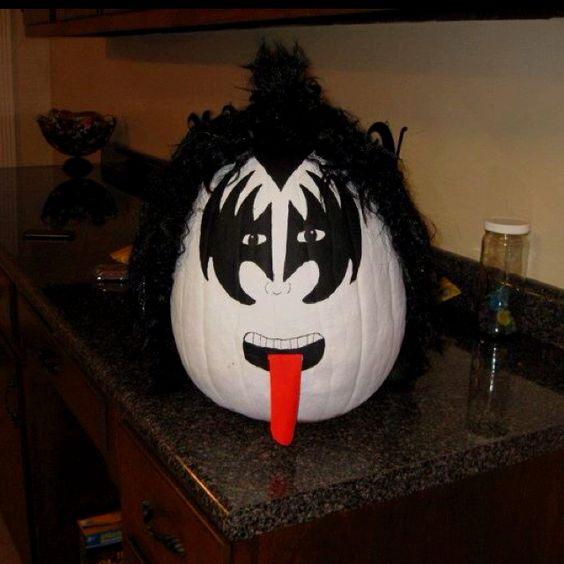 Gene Simmons pumpkin