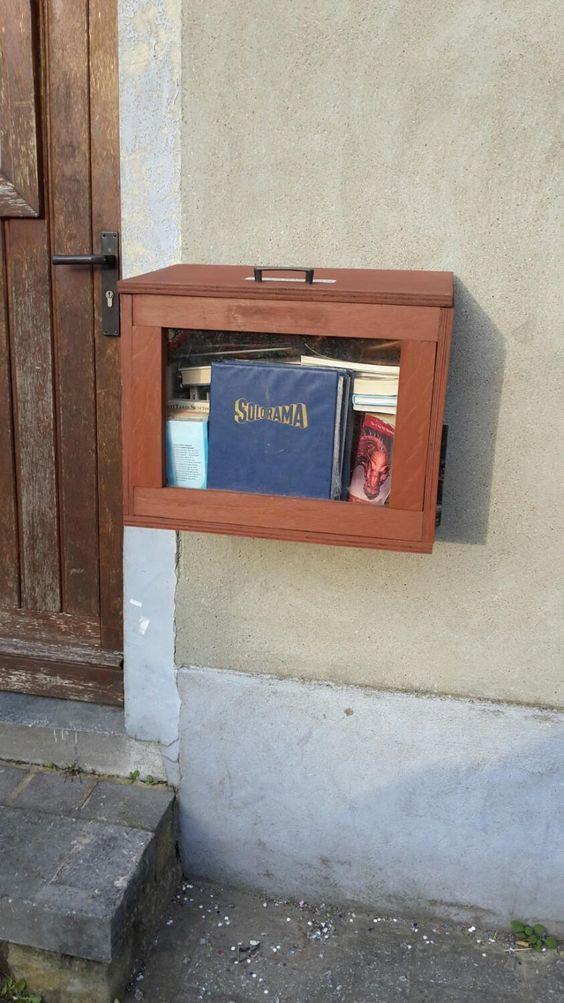 Boite à livres Haine-Saint-Pierre