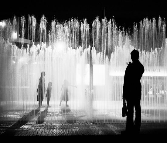 .: Photography Images, Picturesque Photography, Black White Photography, Art Photography, Fountain Photography, Photographic Pictures, Black And White Photography, Street Photography
