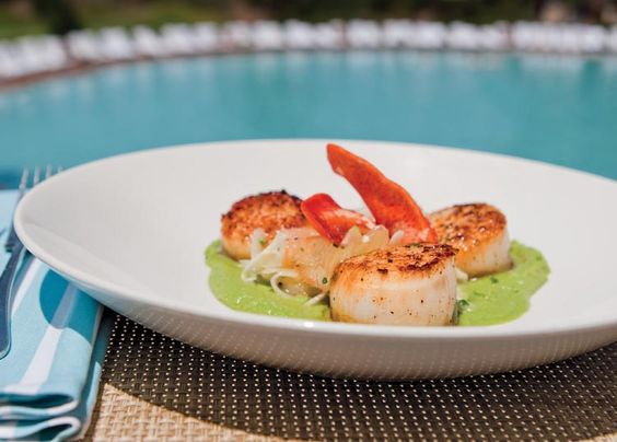 """""""Diving Scallops"""" in English Pea Purée with Lobster"""