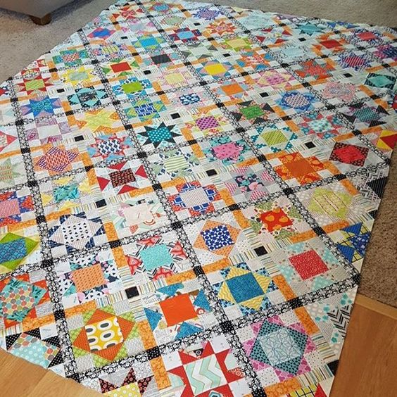 Finished quilt top.  This is going to be a big B to quilt.  #nancysclosetquilt @quiltmakermag #patchworkquilt