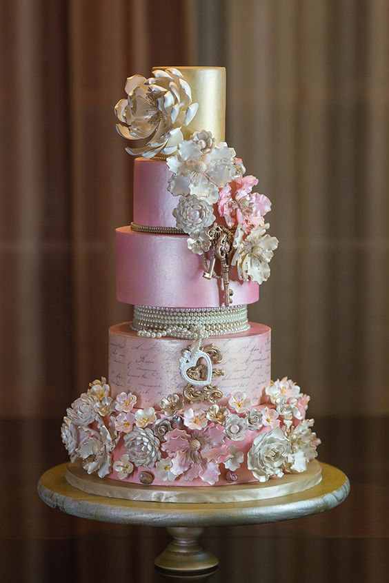 """Okay, we love everything about this cake. All we can say is """"Wow""""! Would you choose this design for your wedding cake? Cake Artist: Sherese Payne of Panache Ganache"""