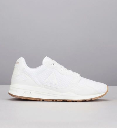 Baskets blanches lcs r900 w sparkly blanc le coq sportif prix promo baskets femme monshowroom 85 for Baskets blanches femme