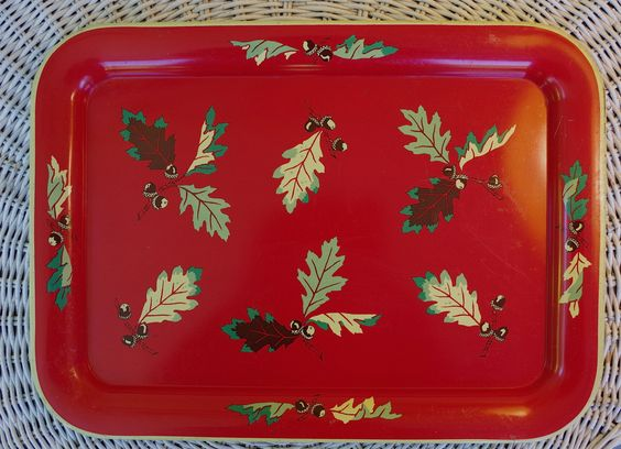 Wonderful 1950s Vintage Metal Serving Tray with Oak Leaves and Acorns by retrowarehouse on Etsy