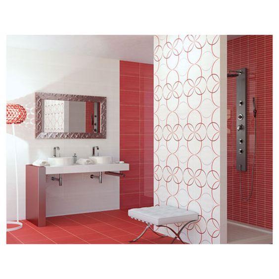 Carrelage salle de bain une salle de bain rouge pour la for Carrelage salle de bain rouge et blanc