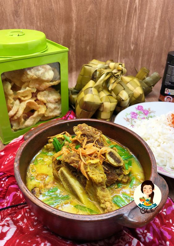 Ada Sahabat Cooking With Sheila Asli Cirebon Pasti Enggak Asing Sama Menu Saya Hari Ini Apa Sih Emp Resep Masakan Asia Masakan Indonesia Makanan Ringan Pedas