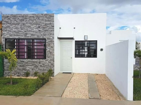 Fachada Moderna Para Casa De Infonavit Con Cantera En La Pared Fachadas De Casas Infonavit Fachada Casa Pequena Fachadas De Casas Modernas