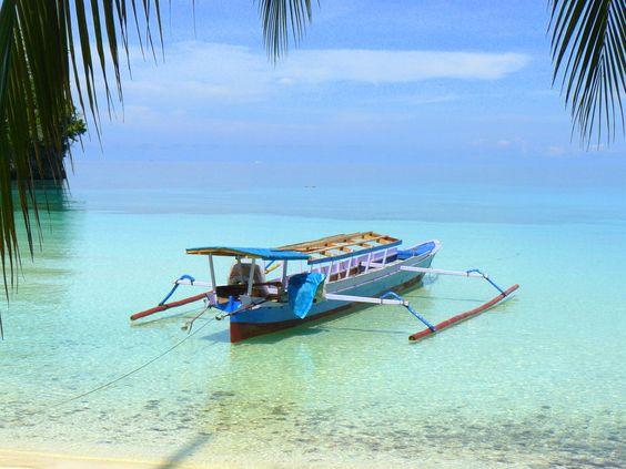 Boat to...? de lily-jen