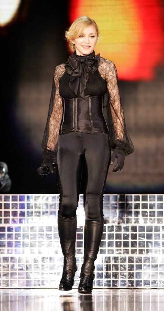 """This outfit is epic, the whole show was epic and inspiring. Madonna brought back the legging in 2005! THE CONFESSIONS TOUR, """"Get Together"""" 2006 - Madonna"""