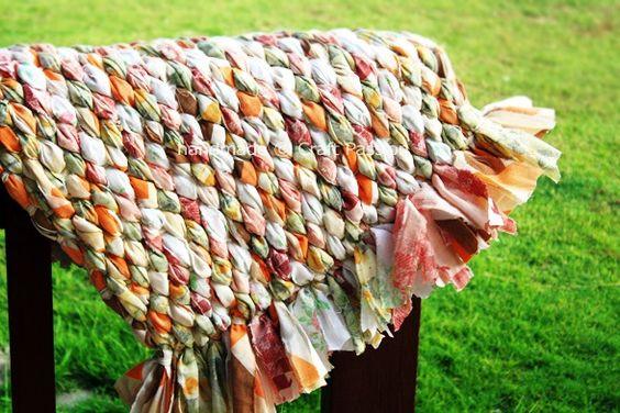 Passo a passo: Aprenda fazer tapetes utilizando retalhos de tecido!: Old Sheet, Sheet Rug, Diy Craft, Bedsheet