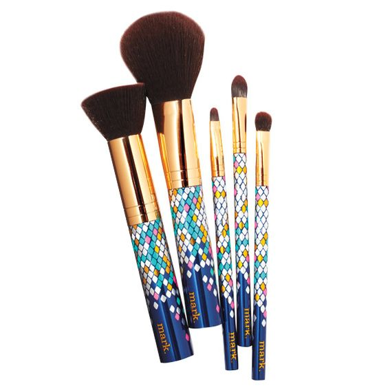 Brushes With Greatness - Mark Gimme a Look Five-Piece Brush Set  - from InStyle.com
