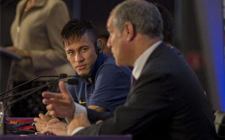 """""""Neymar está muy muy muy contento en el Barça"""""""