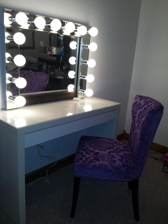 mirror with lights vanity mirrors and vanities on pinterest. Black Bedroom Furniture Sets. Home Design Ideas
