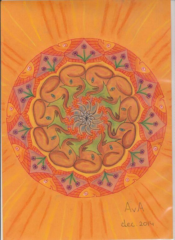 MANDALA: Oranje; muisje, olifant, vis, bloemen
