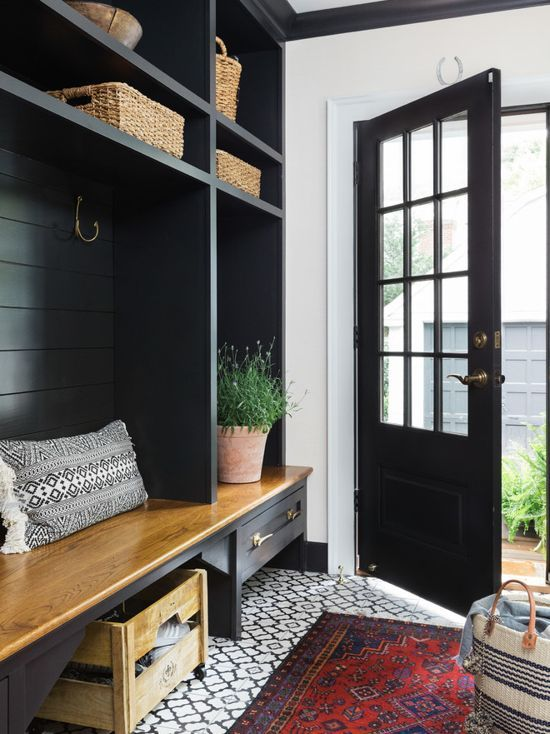 Black And White Mudroom Color Scheme With White Painted Walls And Black Painted Doors And Shelving Mudroom Design Colonial Style Homes Home