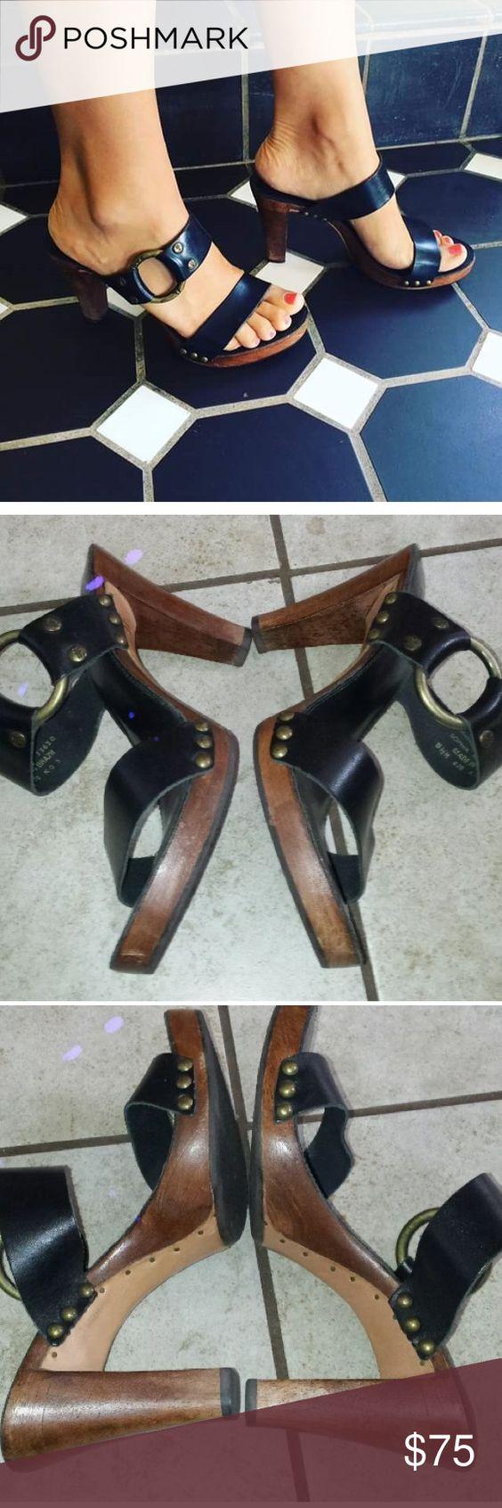 Frye sophia ring wooden heels Guc. Black leather with Wooden heel. Frye Shoes Heels