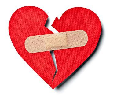 Dal momento che il nostro cuore spezzato potrebbe rifiutare qualsiasi forma di romanticismo, pensiamo alla fine di un amore come al decorso della febbre :  quando si tratta di ricominciare una punta di realismo medico non può far male. Ebbene, la nottata in balìa del nostro febbrone passerà velocemente se prendiamo i giusti accorgimenti: svaghi antidolorifici, impacchi freddi come la realtà delle cose e vitamine di buona compagnia.: